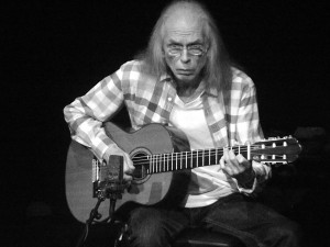 Steve Howe at The Capstone Theatre, Liverpool. September 2014. Photograph by Ian D. Hall.