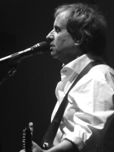 Chris De Burgh at the Liverpool Philharmonic Hall, May 2015. Photograph by Ian D. Hall.