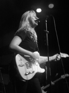 Joanne Shaw Taylor at The Citadel in St. Helens, July 2015. Photograph by Ian D. Hall.