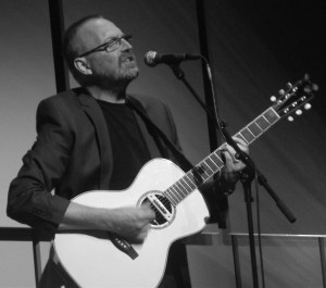 Boo Hewerdine at the Music Room, Liverpool, November 2016. Photograph by Ian D. Hall.