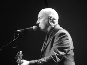 Midge Ure, Liverpool Philharmonic Hall, March 2016. Photograph by Ian D. Hall.