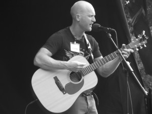 Ste Neildsy performing in Bootle. July 2016.